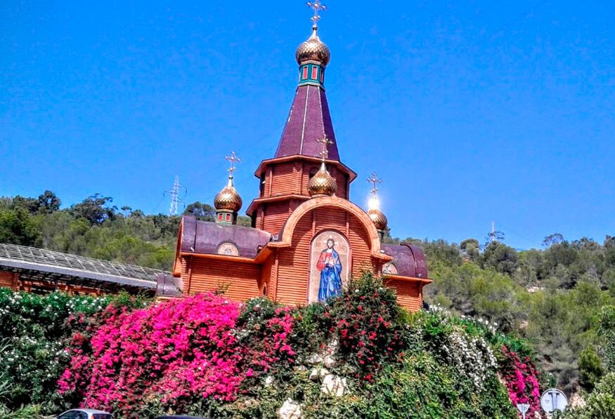 Первый православный храм РПЦ в Алтее